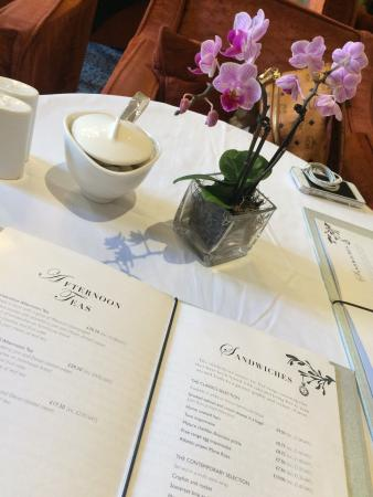 Acanthus Restaurant: Afternoon tea time