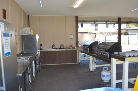 Castaways Moreton Island: The 'Glamp' kitchen