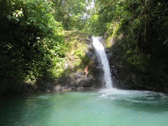 Uvita Waterfall: Upper waterfall and pool