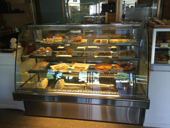 Pastry cabinet - Picture of L'opera French Bakery, Chiang Mai ...