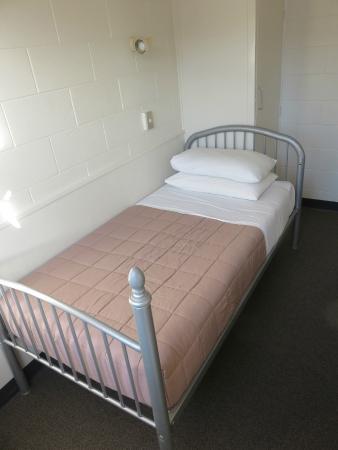 YMCA Hostel: Bed in single room
