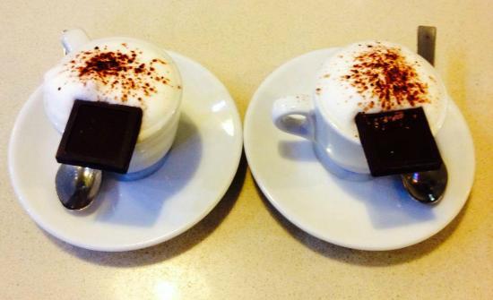Snack Bar Em.Gi: L'Emgino, il caffè con il cioccolatino