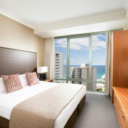 Studio Hotel Room Surfers Paradise