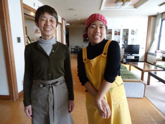 Morino Chiisana Hotel Yamaki: The fabulous staff: Mrs Mori and Matsumi