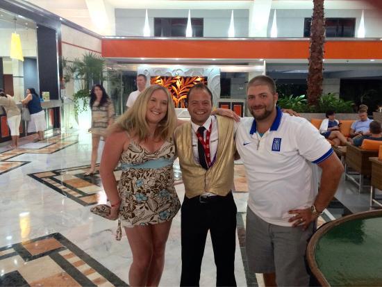 Hotel Riu Caribe: Great Riu staff for our honeymoon