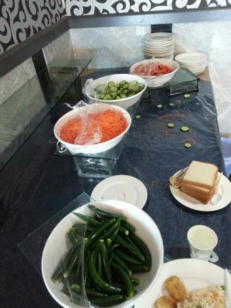 Kenzi Hotel : Salad area