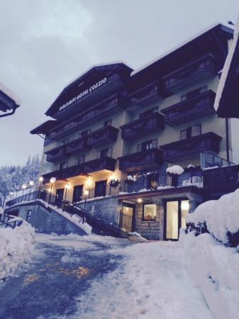 Dolomiti Hotel Cozzio: ENTRATA HOTEL