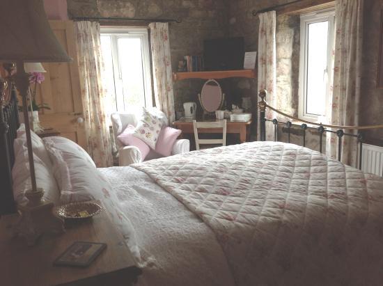 Hearthstone Farm: Bedroom 3
