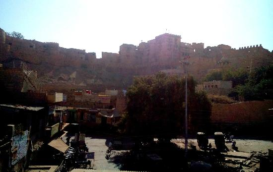 Midtown restaurant: view from restaurant of the fort