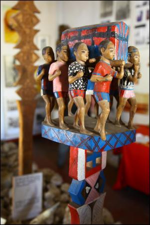 Toliara, Madagaskar: Musee Cedratom Exhibit