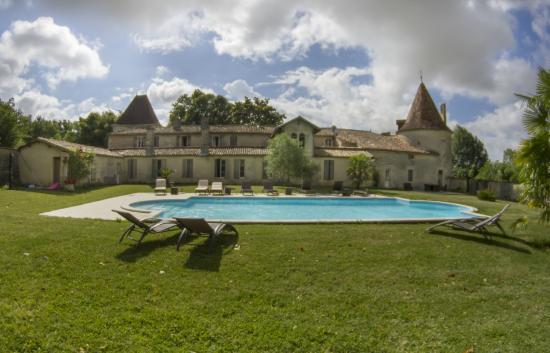 Leoville, فرنسا: PISCINE