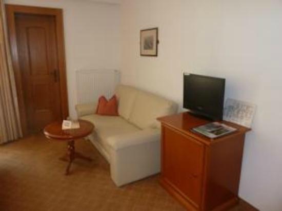Hotel Waldheim: TV