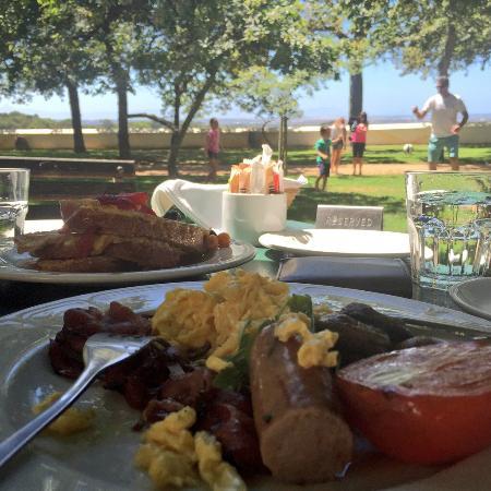 Jonkershuis Restaurant at Groot Constantia : Saturday morning breakfast