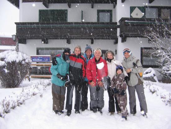 AktivHotel Hochfilzer: Group photo outside Pension Claudia