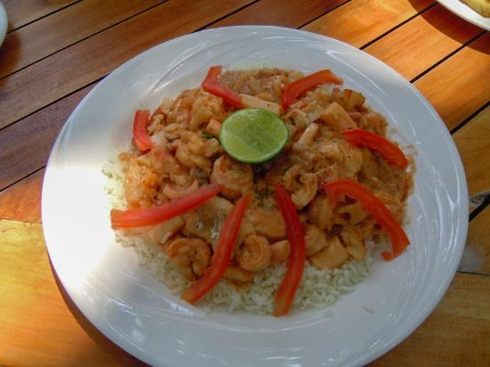 Pinewood Beach Resort & Spa: Lunch