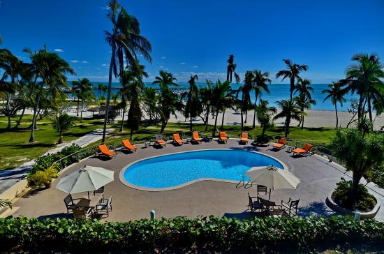 Abaco Beach Resort and Boat Harbour Marina: Garden Pool