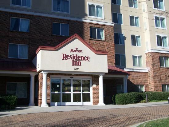 Residence Inn Charlotte SouthPark: Entrance!
