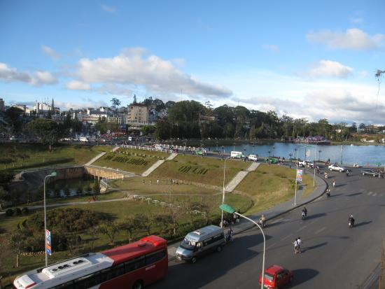 Dalat Plaza Hotel: view from our room window, Dalat City & Xuan Huong Lake