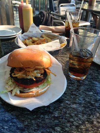 Stripburger : Hambúrguer com Blue Cheese
