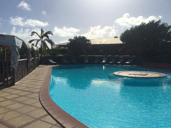 HOTEL CAP MACABOU : La piscine