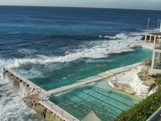 Cool Pool at Bronte Beach