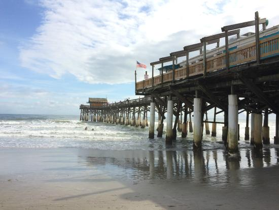 Pier view picture of cocoa beach pier cocoa beach for Cocoa beach fishing pier