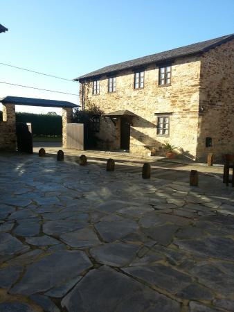 Casa Cachon: Uno de los edificios y la entrada