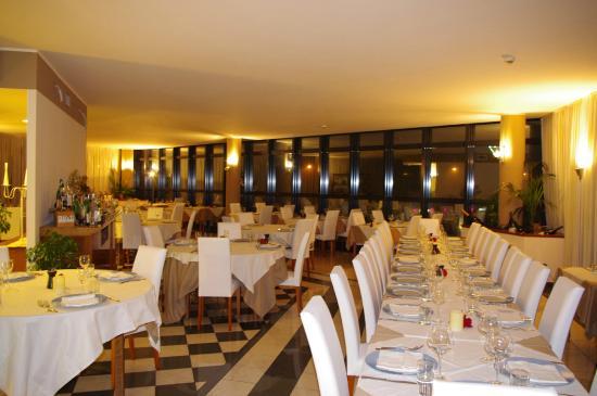 Evoque Restaurant