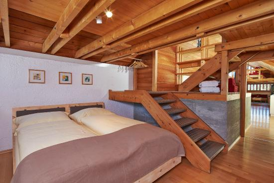 Schlafzimmer Galerie - Atelier - Picture of Prachenskyhof, Seefeld ...