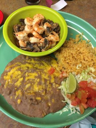 Maracas Mexican Grill