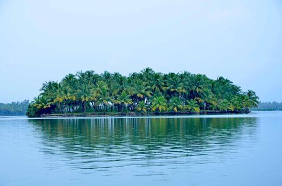 Kavvayi Island Beach House