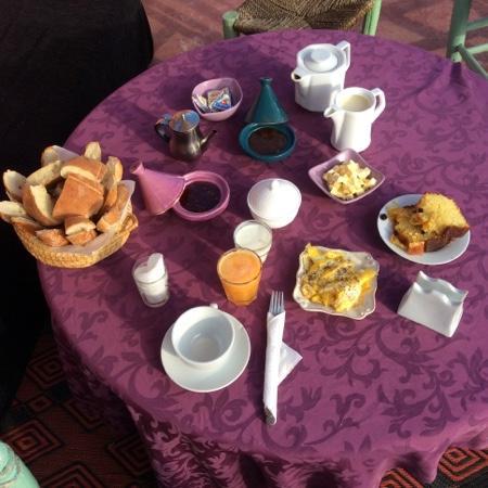 Dar Malak : Breakfast Day 1