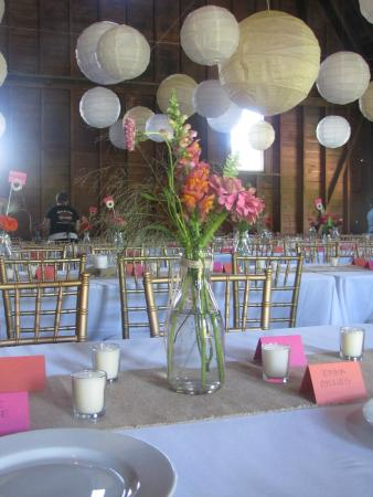 Taftsville, VT: Barn Wedding