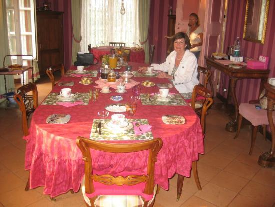 Bed & Breakfast Villa Anita : Im Pfaunensaal fühlt man sich zu Zeiten des Sonnenköngs rückversetzt