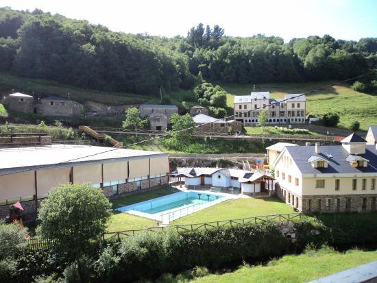Hotel Oscos: piscina
