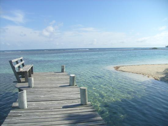 Pelican Beach - South Water Caye : un coin de la plage