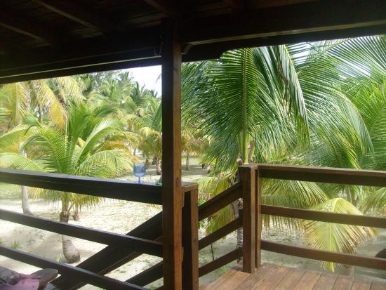 Pelican Beach - South Water Caye: de la terrasse principale du bungalow