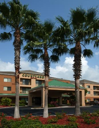 Photo of Courtyard By Marriott Lakeland