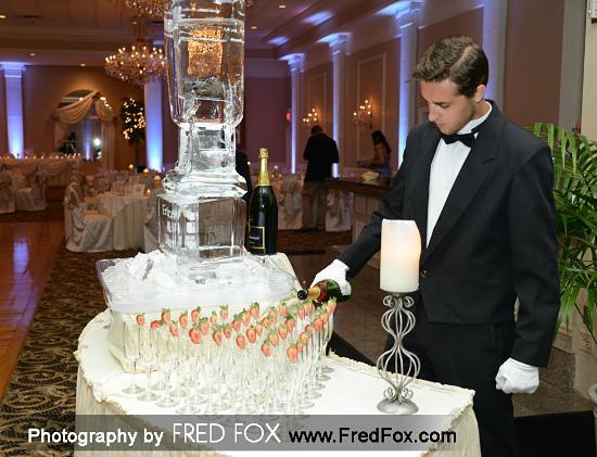 Abbington Distinctive Banquets: Abbington Champagne Table