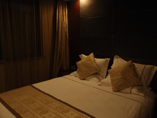 GreenTree Inn Hangzhou West Lake Avenue Business Hotel : bed