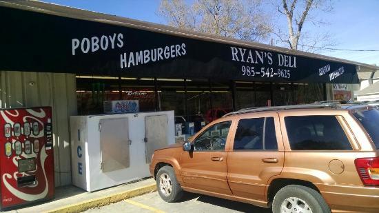 Ryan's Convenience Store-Deli
