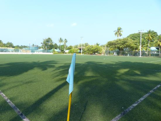 Das Fussballfeld Picture Of Meeru Island Resort Spa