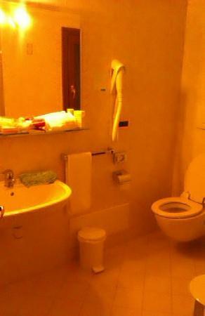 Hotel Residence SantAnton: ванная комната - с гидромассажнем душем
