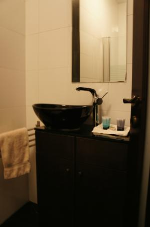 City Hotel Jerusalem: Bathroom