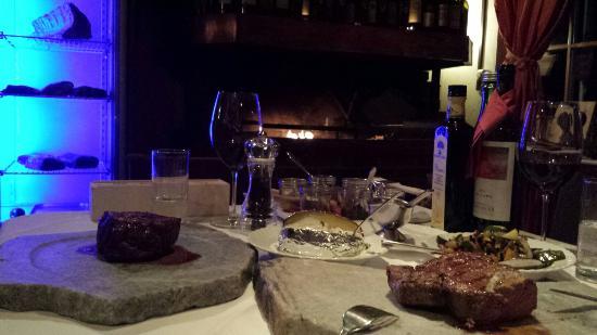 Hotel Hinteregger: Fine dinner for two:)