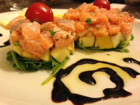 Piacere Molise: tartare di salmone e mele