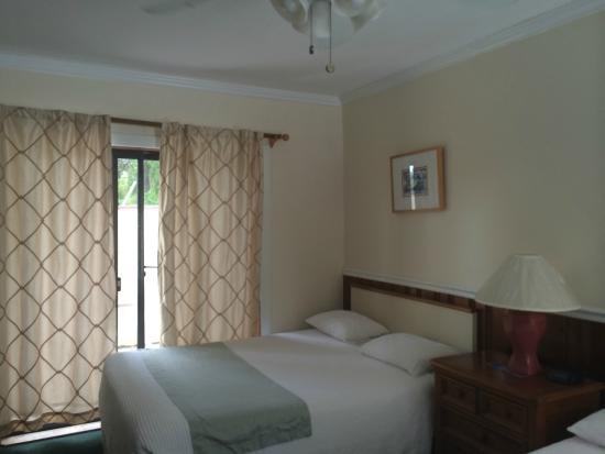 Lookout Lodge Resort: camera