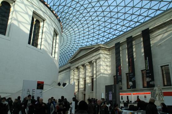 British Museum Foyer : Main hall picture of british museum london tripadvisor