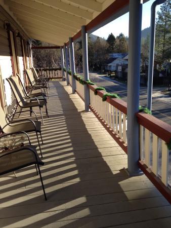 Volcano Union Inn + Pub: The balcony