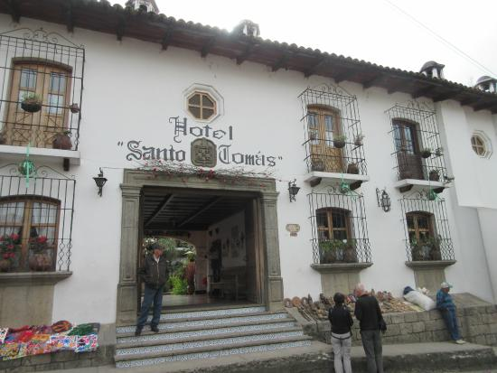 Santo Tomas Hotel : View of the hotel from the street